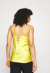 Etam - Haut de pyjama - jaune vif - 2