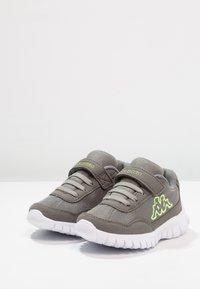 Kappa - UNISEX - Sports shoes - grey/lime - 2