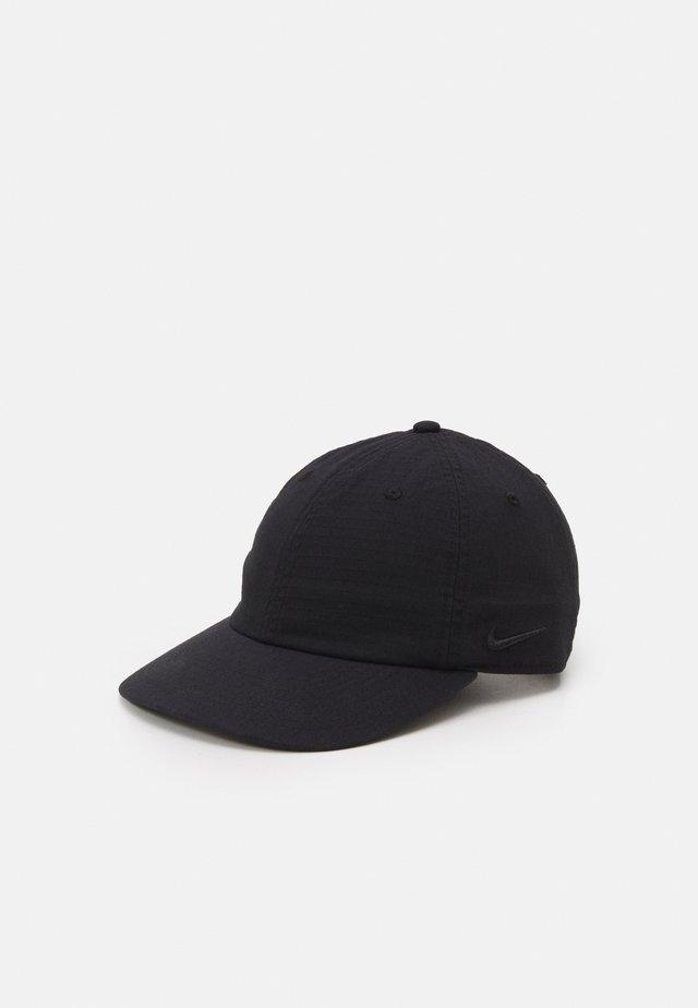 FLATBILL CAP UNISEX - Lippalakki - black/black