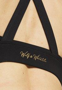 Wolf & Whistle - EXCLUSIVE CROSS OVER BRA - Sports bra - black - 4