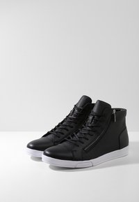 Calvin Klein - BERKE - Sneakers alte - black - 2