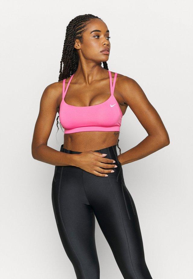 FAVORITES STRAPPY - Biustonosz sportowy - pink glow/white