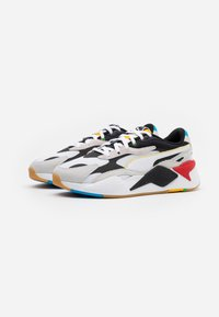 Puma - RS-X³ - Sneakersy niskie - white/black - 1