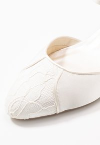 Paradox London Wide Fit - WIDE FIT AGATHA - Bridal shoes - ivory - 2