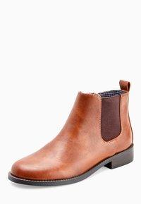 Next - TAN CHELSEA BOOTS (OLDER) - Korte laarzen - brown - 2