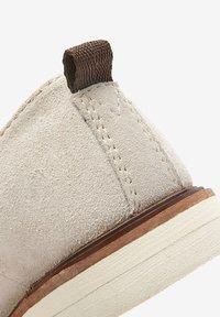 Next - Šněrovací boty - stone - 3
