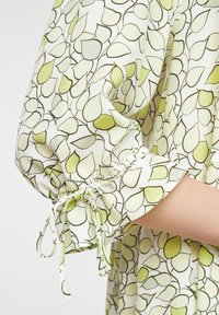 comma casual identity - Day dress - offwhite leaf - 4