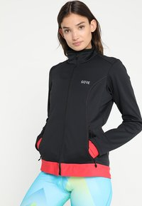 Gore Wear - THERMO  - Soft shell jacket - black/hibiscus pink - 0
