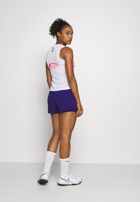 Nike Performance - SLAM TANK  - Sports shirt - white/hot lime/sapphire/pink foil - 2