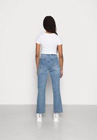 EDITED - ESRA - Straight leg jeans - light blue stone wash - 2
