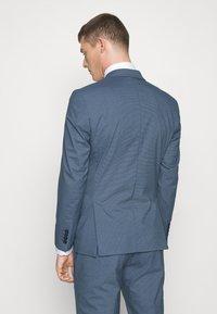 Selected Homme - SLHSLIM HOUND  SUIT SET - Traje - ashley blue - 4