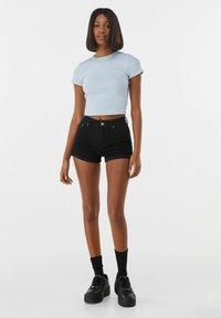 Bershka - Jeans Short / cowboy shorts - black - 1