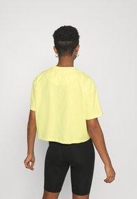 Karl Kani - SIGNATURE TEE - T-shirt con stampa - lime - 2
