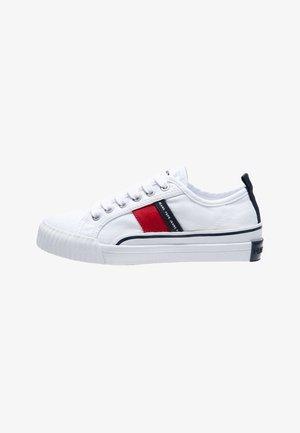 OTTIS - Sneakers laag - blanco