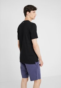 Paul Smith - Basic T-shirt - black - 2
