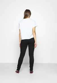 Levi's® - 720 HIRISE SUPER SKINNY - Jeans Skinny Fit - black galaxy - 2