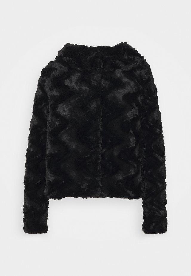 VMCURL HOODY JACKET - Light jacket - black