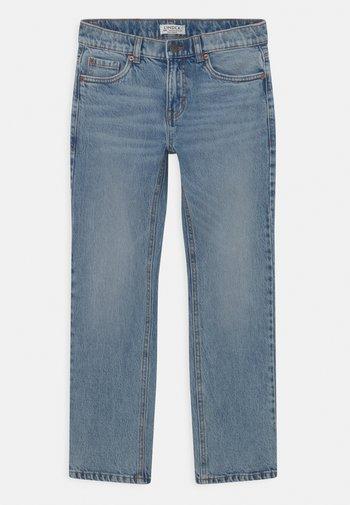 TROUSERS STAFFAN - Straight leg jeans - light denim