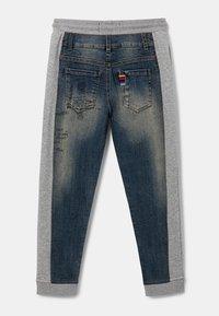 Desigual - Spodnie materiałowe - black - 2