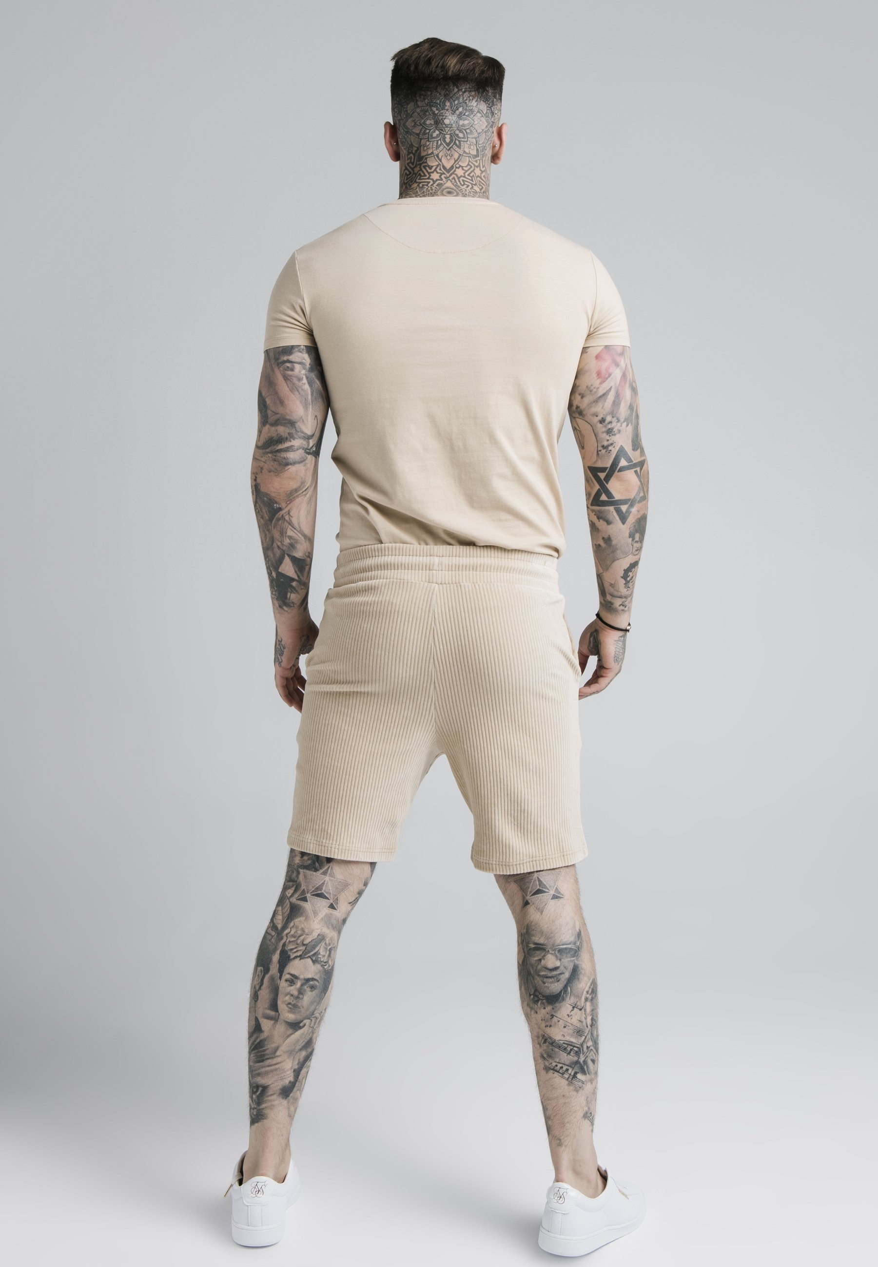 Men ALLURE STRAIGHT HEM GYM TEE - Basic T-shirt