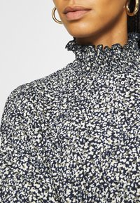 ONLY - ONLZILLE SMOCK - Blouse - night sky graphic - 3