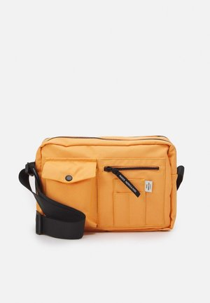 BEL ONE CAPPA UNISEX - Across body bag - tangerine