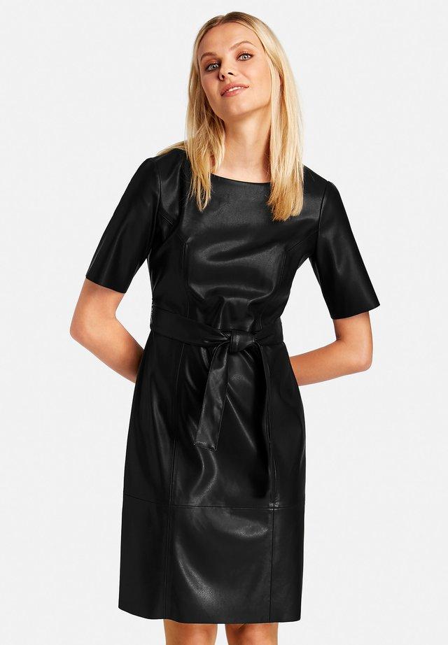 LANGARM IN LEDER-OPTIK - Day dress - black