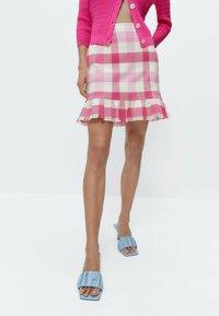 Uterqüe - MIT VOLANTS - A-line skirt - pink/white - 0