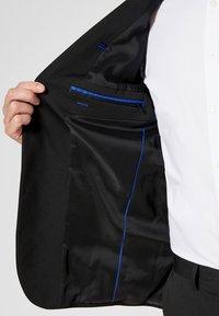 s.Oliver BLACK LABEL - Blazer jacket - black - 3