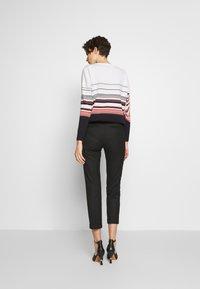 MAX&Co. - MONOPOLI - Spodnie materiałowe - black - 2