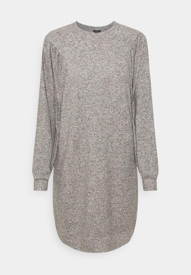 DRESS KAYLA - Sukienka dzianinowa - light grey