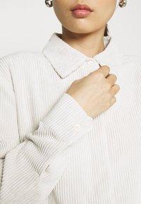 Gina Tricot - CORY - Skjorte - whitecap gray - 4