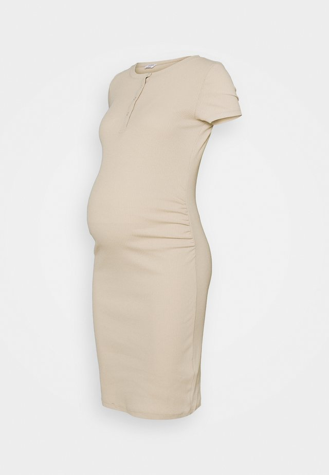 HENLEY SHORT SLEEVE DRESS MATERNITY - Gebreide jurk - latte
