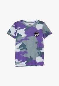 Hype - KIDS CAMO - T-Shirt print - forest/blue - 2