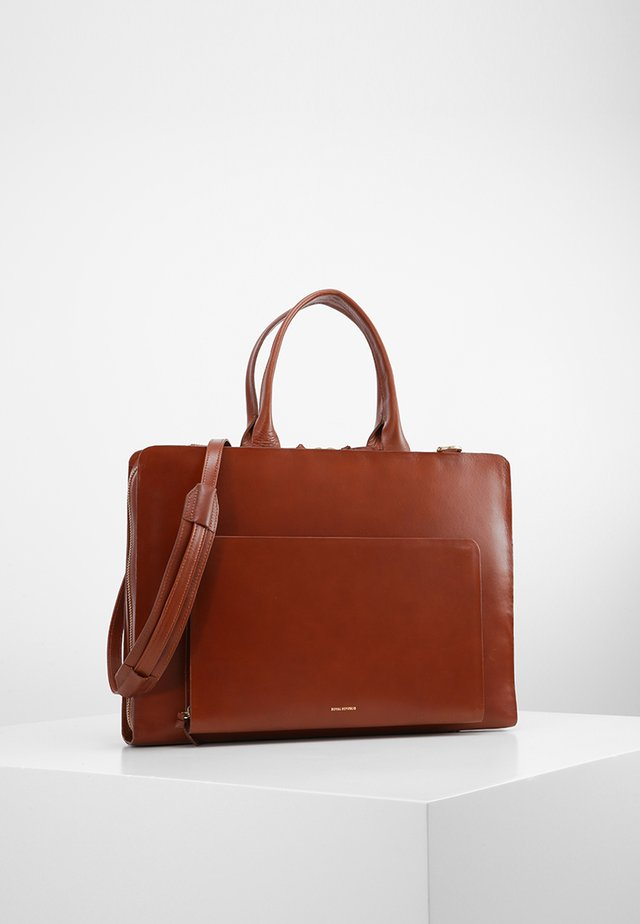 GALAX DAY - Briefcase - cognac