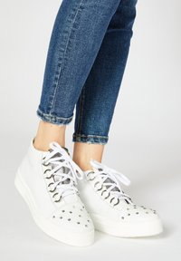 faina - High-top trainers - white - 0