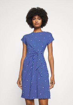 AVRAM SLEEVE CASUAL DRESS - Shift dress - sapphire star/white