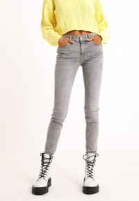 Pimkie - Jeans Skinny Fit - grau - 0