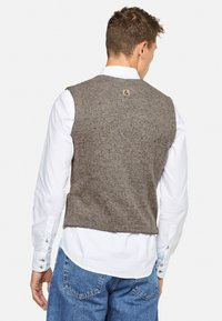 Colours & Sons - TANNER - Waistcoat - beige - 1