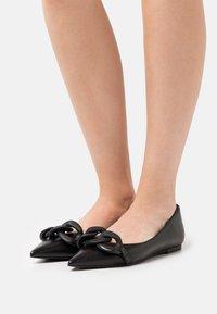 Bianca Di - Ballet pumps - nero - 0