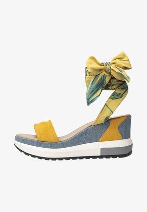 Platform sandals - grano