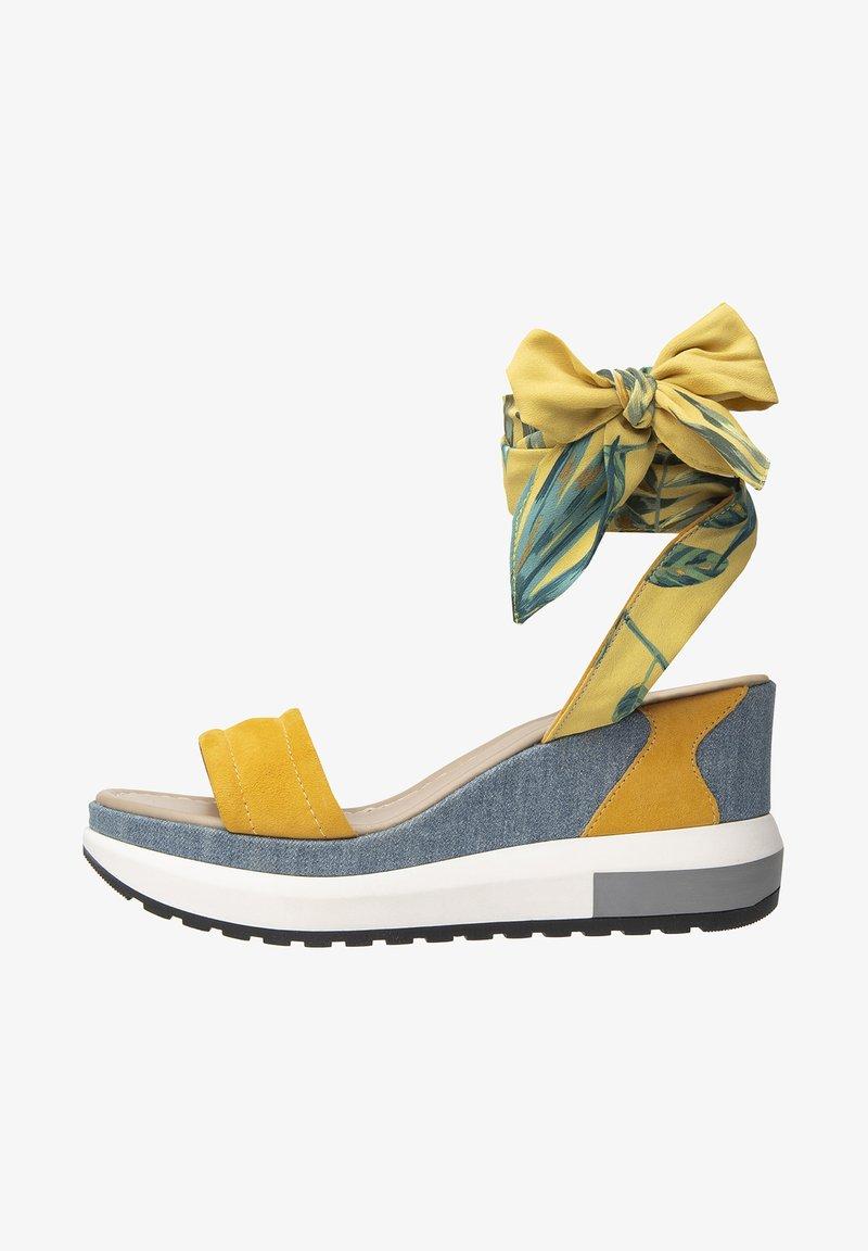 NeroGiardini - Platform sandals - grano