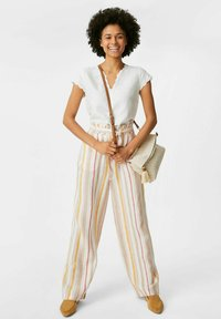 C&A - Trousers - beige / brown - 1