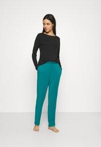 Calvin Klein Underwear - PERFECTLY FIT FLEX WIDE NECK - Pyjama top - black - 1