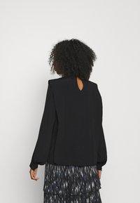 Bruuns Bazaar - LILLI NOME BLOUSE - Blouse - black - 2