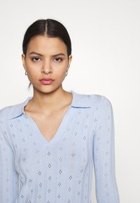Glamorous - WITH LONG SLEEVES - Pullover - light blue - 3