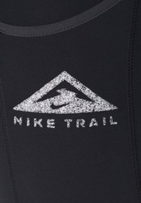 Nike Performance - EPIC LUXE TRAIL - Tights - black/dark smoke grey/silver - 4