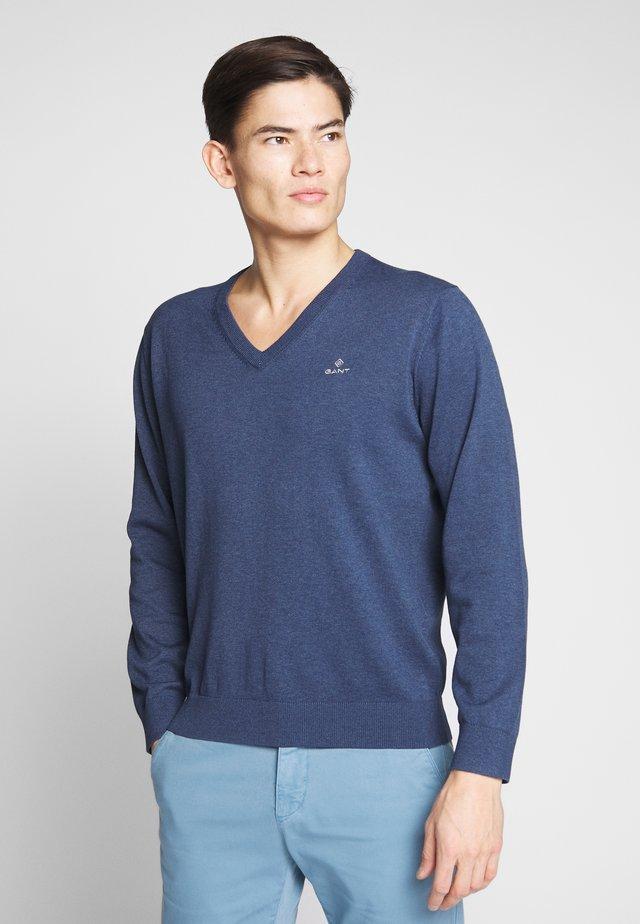 CLASSIC COTTON V-NECK - Jersey de punto - dark jeansblue melange