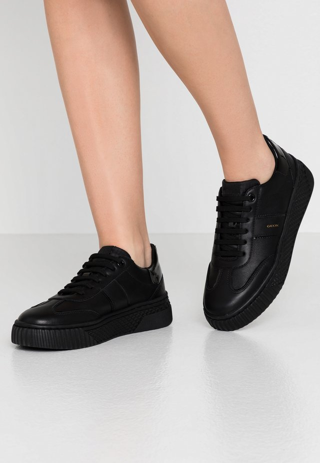 LICENA - Trainers - black