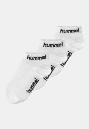TORNO 3 PACK UNISEX - Trainer socks - white